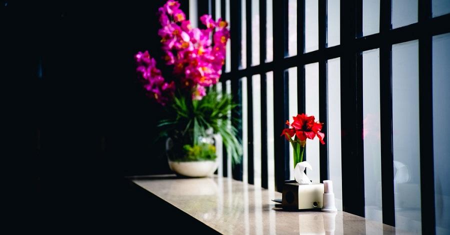 Aké sú výhody a nevýhody veľkých okien